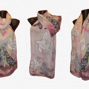 """Ръчно рисуван копринен шал""""Трепети в розово """""""