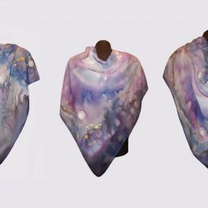 """Ръчно рисуван копринен шал""""Посланията на звездите"""",материя -шифон,размери 85 см х 85 см"""