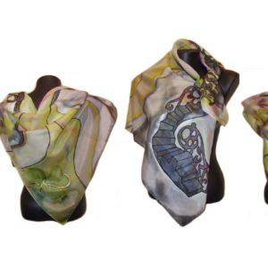 Ръчно рисуван копринен шал Стъпала към късмета 200