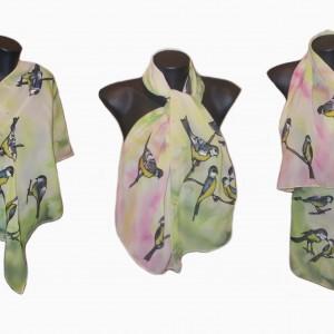 """Ръчно рисуван копринен шал """"Синигерова пролет"""".Материя:шифон.Размери 140 х 40 см. Създаден 2014 година."""