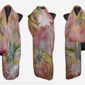 Ръчно рисуван копринен шал Водни кончета 72